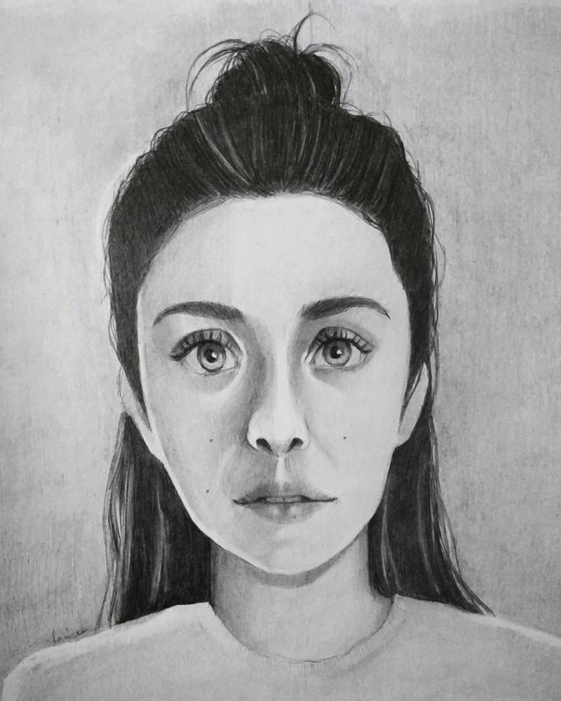 Elizabeth Olsen by yvneepenper